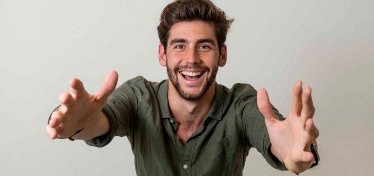 Quanto è alto Alvaro Soler