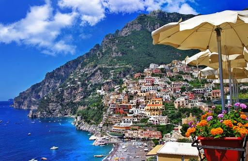 Hotel sulla costiera amalfitana suggeriti da costadiamalfi.it